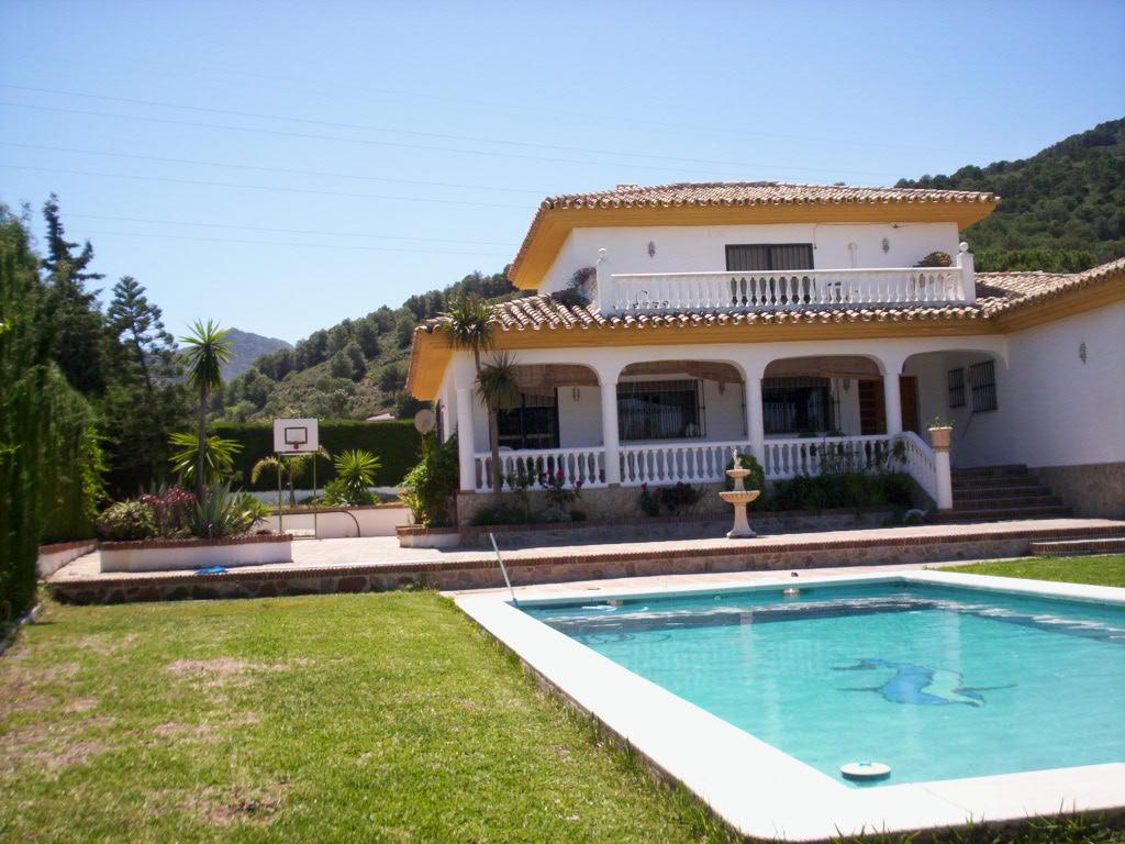 location andalousie avec piscine villa 113. Black Bedroom Furniture Sets. Home Design Ideas