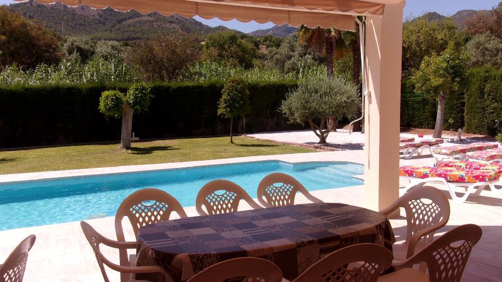 location andalousie avec piscine villa 1. Black Bedroom Furniture Sets. Home Design Ideas