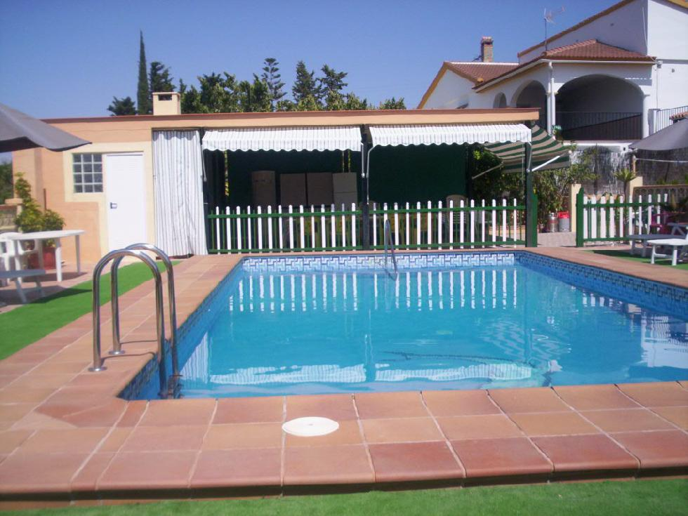 location andalousie avec piscine villa 103. Black Bedroom Furniture Sets. Home Design Ideas