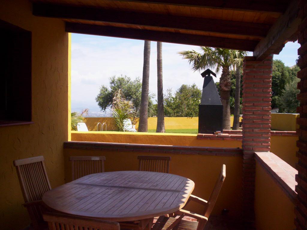 location andalousie avec piscine villa 106. Black Bedroom Furniture Sets. Home Design Ideas